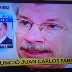 Marcelo Bonelli adelanta que Carlos Fábrega el Presidente del Banco Central presentó la renuncia a la Presidenta. http://t.co/wKxEiTQ4Yo