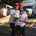 RT @alefuentespr: 787 641 1313 A seguir donando!! Hospital del Niño! Las chicas frente al hospital pompias!! @primerahora http://t.co/FZDl3Sr5Xd