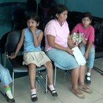 RT @canaltn8: Madre pide apoyo económico por su hija #Nicaragua http://t.co/fbVezqEaEn http://t.co/cbiFBq4M0Z