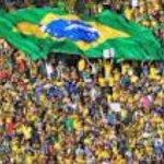 RT @Brasileira_NATA: No dia da eleição, faremos uma REINTEGRAÇÃO DE POSSE. FORA PT! O BRASIL NÃO É VERMELHO! O BRASIL É VERDE E AMARELO! http://t.co/DRzAGhMOpr
