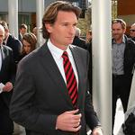 RT @BarringtonD: So Hird defies club and lodges appeal. Surely thats the end? http://t.co/Eyv6XoTOpA @GregDavis06 @karldekroo http://t.co/5yPumyhVJH