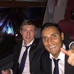 Con @ToniKroos saliendo de Bulgaria con 3 pts difíciles pero importantes en #ChampionsLeague Hala Madrid!!! http://t.co/RFiOQDzmhS