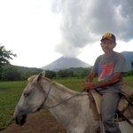 RT @hoynoticias: Gases y cenizas del Volcán San Cristóbal http://t.co/KGtyJcHby4 http://t.co/qwhMjsJJCQ