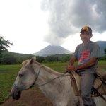 RT @ReporteNi: Gases y cenizas del Volcán San Cristóbal: La mañana de hoy se registró una explosi�... http://t.co/K9Fy5J3xja http://t.co/TkyCZaTl97