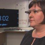 「グーグルグラス」で窓口係が対応?―ウェルズ・ファーゴの構想 http://t.co/4DptZTDi0J 顧客の顔をスキャンして口座情報を引き出すという(Wells Fargo) http://t.co/Lb9YoySKzA