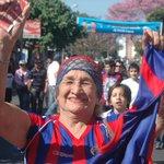 El club del pueblo hoy está de fiesta. ¡Felices 102 años Cerro Porteño! @ccp1912oficial http://t.co/iyPmT3asMf