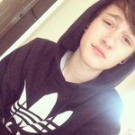 RT for a DM/Follooowback :)✌️ http://t.co/jFbOmWLZxN