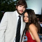 .@Mila_Kunis y @aplusk se convierten en padres | Le dieron la bienvenida a... http://t.co/p9LWznFp9k http://t.co/VkTjZJB5yc
