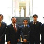 Foto de AYER donde Ramiro BUBU Mendoza estuvo con alumnos , donde se fue de tarro en el seminario #COntralor http://t.co/05lXXW4Rii