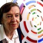 Muere Matilde Pérez la artista cinética + importante q ha tenido Chile. Como es tradición sin ningún reconocimiento http://t.co/xjPy68cXiU