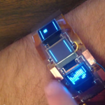 This wearable made of copper and exposed circuitry can play Tetris on a tiny LCD screen http://t.co/v8pbAzVtaR