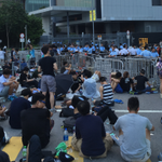 RT @cnni: #HongKong protesters take their fight to the chief executive's office #OccupyCentral http://t.co/Rz9QT7jYty http://t.co/wgOW7TQ5AO