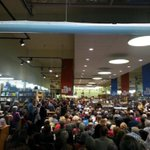 Standing room only in #Portland for @NaomiAKlein @Powells This Changes Everything. http://t.co/BUqlHQmJvk