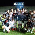 RT @RevistaAnimals: #EDLP Así festejaron los jugadores el triunfo y la clasificación (Foto @Copa_Argentina) http://t.co/78bu5EaJ33