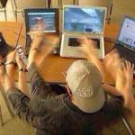 RT @flopyvalle: THE FANDOM RN TOO MANY THINGS HAPPENING AT ONCE #1DProposal http://t.co/MfVF1lGGws