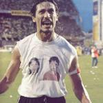 """RT @HumoDePrimeraTW: #FrasesFutboleras """" Yo no se como se puede ser hincha de Boca, yo los miro .. y pobresitos """" -Angel David Comizzo http://t.co/bq6S9rdbZl"""