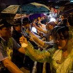 Pro-#democracy protesters give #HongKong leader until midnight to step down http://t.co/zmcdUCg4v7 http://t.co/gB4CC1upLb #OccupyCentral #HK