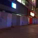 #FOTO Colocan vallas antidisturbios frente a establecimientos y bancos del Centro Histórico del #DF #2OctMx http://t.co/JmsRDqt5lG