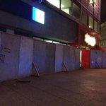 Así duermen establecimientos en el Centro Histórico del #DF previo a la marcha del #2octmx http://t.co/TuvnTRFGKH http://t.co/SGf4Er0RaN