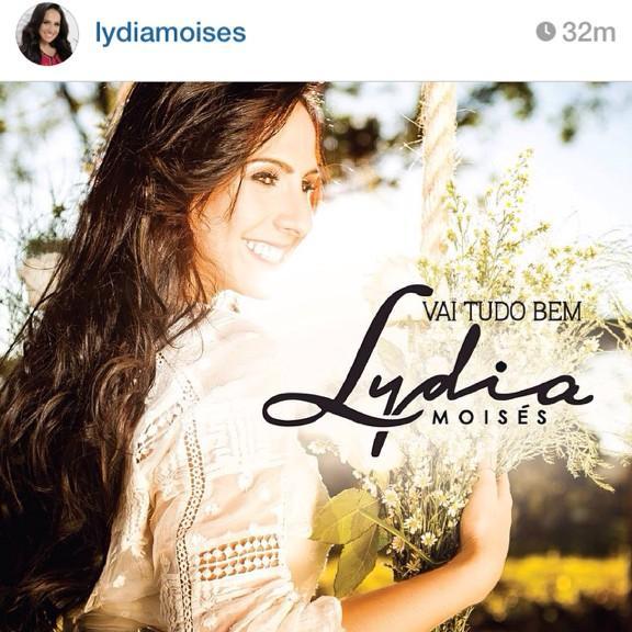 Dia 3 lançamento do single #InstrumentodeDeus, dia 07 lançamento digital e dia 10 nas lojas! @LydiaMoises ☝️