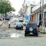 Precaución. Vehículo afectado por mal estado de 7a Sur / 4a y 5a Oriente. #Tuxtla http://t.co/jbANPtEHbJ