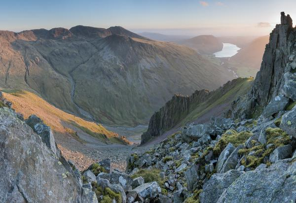 One from last night's rummage around the ramparts of Great Gable http://t.co/qyYg0jUfAG