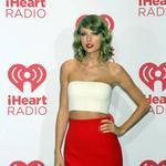 Watch #TaylorSwift wonderful #iHeartRadioMusicFestival performance HERE & be AMAZED!! http://t.co/5mRBOLFt37