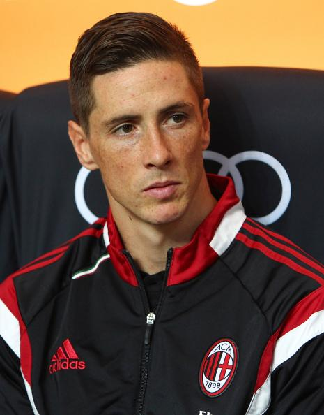 Fernando Torres waiting for his debut http://t.co/OZkYjJcPFw