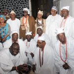 RT @abati1990: President Jonathan during a courtesy visit to the Oba of Lagos earlier today. http://t.co/caWiTGNLvN