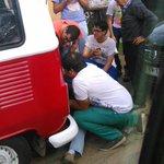 RT @26Ipc: Combi en mal estado camino a Limache, todos los jovenes pensantes tratando de sulucionar la pana jijiji http://t.co/O7eeU8ShSY