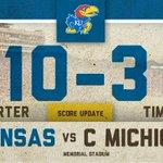 Kansas extends the lead on a 27-yard FG from Matthew Wyman. #kufball #RockChalk http://t.co/3A2OTfAzlP