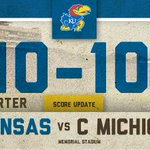 RT @KU_Football: We're heading to the 4th Quarter with a tie-game. #kufball http://t.co/s5Uqbx9rXQ