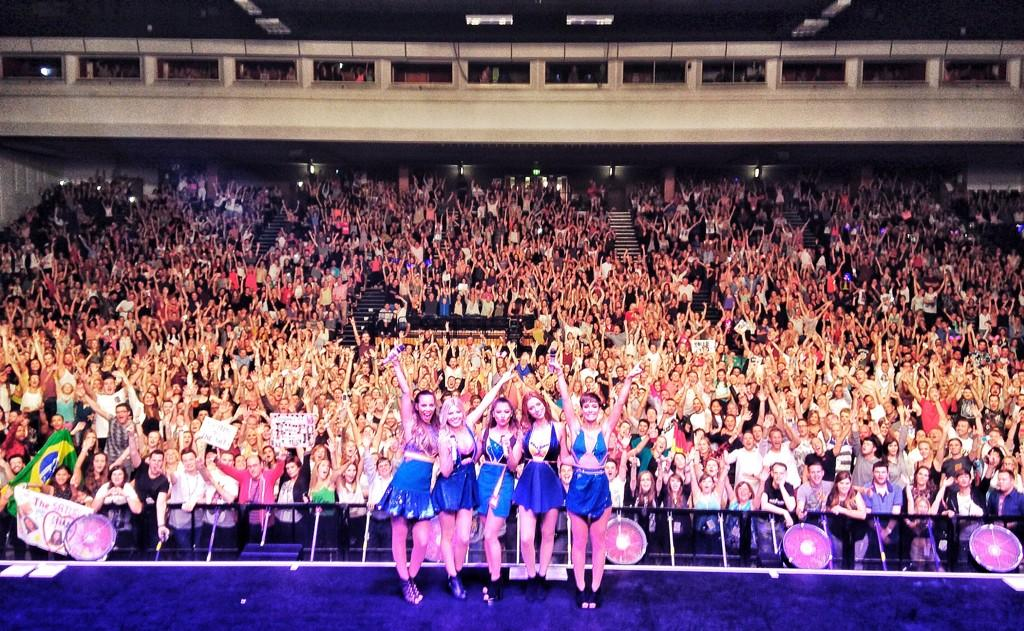 Brighton you WORKED it tonight!!!! We had so much fun. Send us your pics with #GreatestHitsLiveBrighton http://t.co/TAa38VAhpK