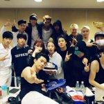 2PM & JYPファミリー http://t.co/6zGt84lKDp