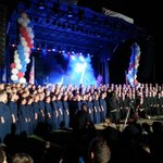 RT @MayorJohnLewis: The Millennial Choir & Orchestra with 300 members sings God Bless America at the Constitution Fair in #Gilbert AZ http://t.co/eQhvviHw9Z