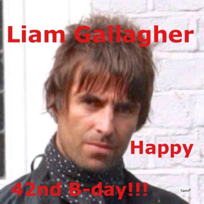 Liam Gallagher Shoe Size