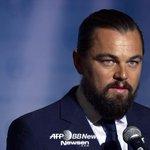 """おっさん…(笑)""""@kor_celebrities: レオナルド・ディカプリオが「国連ピース・メッセンジャー」に任命された。 http://t.co/FwxiceYsHX"""""""