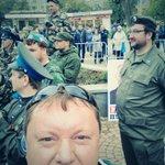 С казачками сфотался. #МаршМираЕкб http://t.co/6ALeLzpGZW