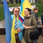 RT @Svetulya2907: Фото с героем дня! #МаршМира #Екатеринбург http://t.co/RoB4Kofkdx