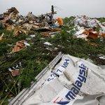 RT @GazetaRu: Семьи граждан Германии, погибших при крушении Boeing под Донецком, подадут в суд на Порошенко http://t.co/AlvL5XSDf6 http://t.co/LY8sgk9fyb