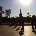 """У памятника Пушкину уже начинают собираться участники мирного шествия """"Марш мира""""! Фото от наших корреспондентов: http://t.co/sRl9e4oocm"""