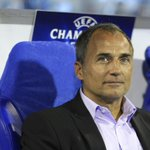 RT @BBCSport: Sturm Graz are holding a press conference where they have handed coach Darko Milanic a ticket to Leeds. #LUFC http://t.co/imylfakEt1