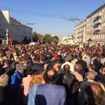 RT @YuliaSkyNews: This is an anti-war rally in central Moscow happening right now. http://t.co/SiCv82yH1e