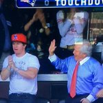 RT @OnlyInBOS: Marks like no booster seat, no high five. #NEvsOAK http://t.co/3DRrNvHErA