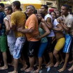"""@EarLofGC: Hahahaha RT @Prinzeville: LMFAO RT @TMakhulu Other teams waiting to play Man Utd like http://t.co/4ZZ71R8DfN"""""