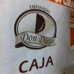 Gracias a @Empanadasiqq y @PateandoCuerdas por las empanadas para el desayuno familiar #PateandoCuerdas @larry0866 http://t.co/BjB0ZBgG4l