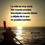 La vida es muy corta... ¡Buenos días! http://t.co/AKu3pcu4Ql