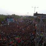 RT @ArsalanGhumman: Bekhauf Junooni Karachiets have done it once again #karachi #pti4karachi #azadimarchpti http://t.co/DEiYEEUG5C