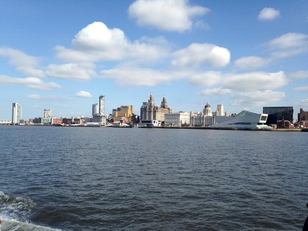 Had a lovely trip today with @MerseyFerries. A must when visiting Liverpool :) http://t.co/0uJWvfK6NF