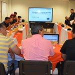 RT @mrikelme: Se lleva a cabo la Reunión de Control y Seguimiento de Indicadores en la semana 38 con la @PoliciaTorreon. #Torreón http://t.co/wUgDb0VKMD